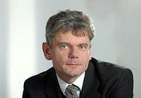 Portraitaufnahme Prof. Andreas Paul Fröba